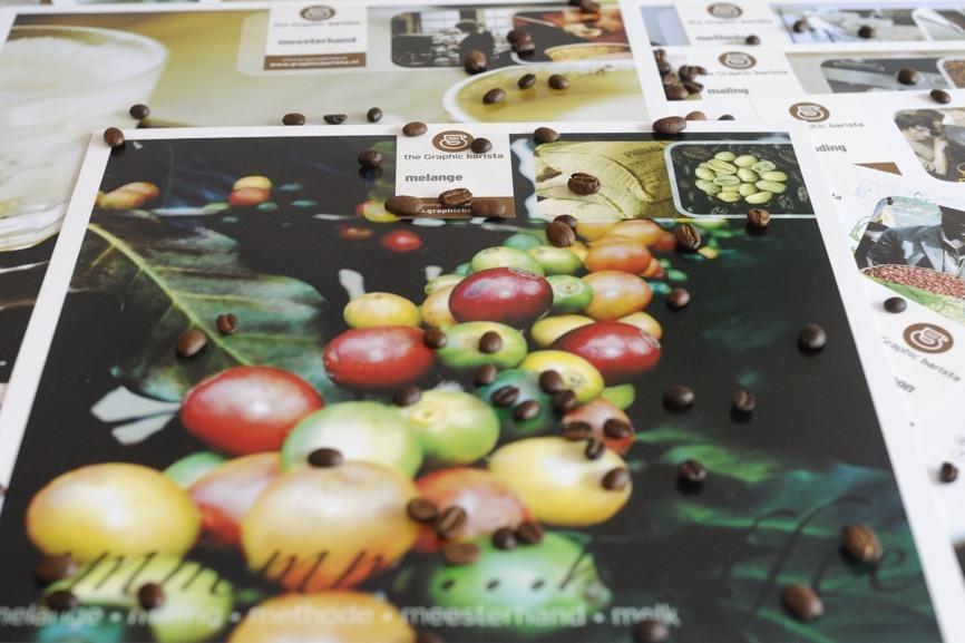 Handzame borden vol met koffieleerstof • the Graphic baristaworkshops in de grafische ontwikkeling