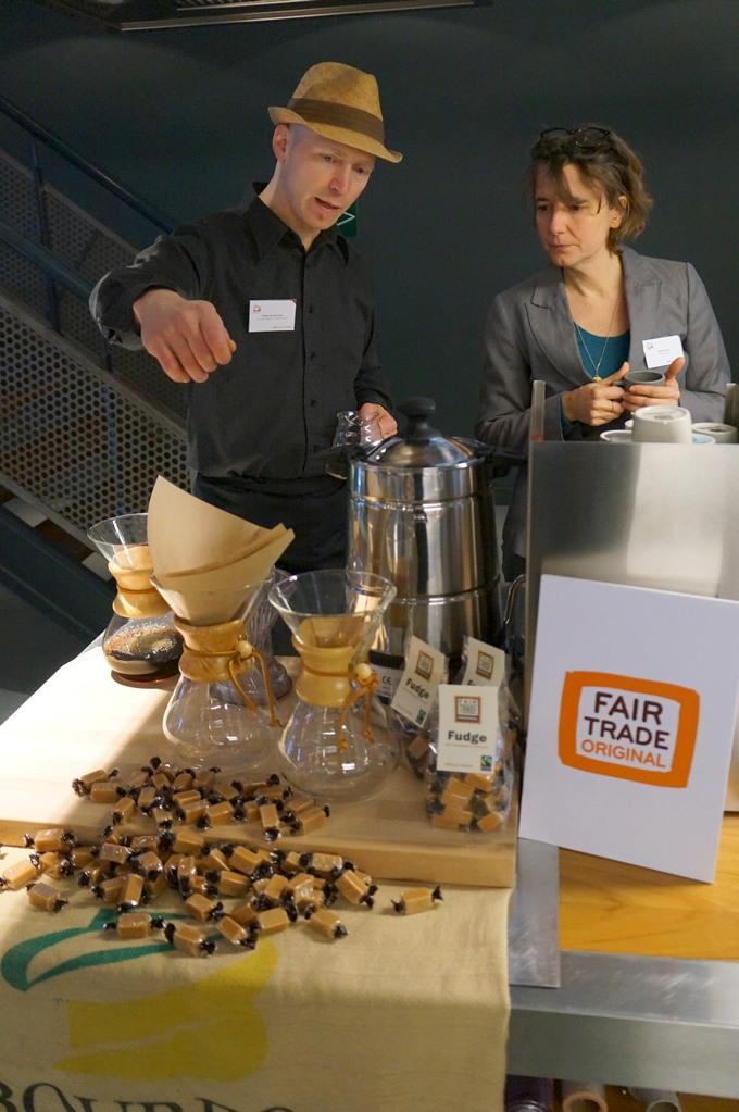De nieuwe Centraal-Amerika fijnproeverskoffie in kaart gebracht • Een grafische koffie-oplossing voor Fair Trade Original